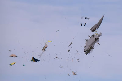 Gigantic RC Jet Gets Shattered In Pieces In Mid-Air