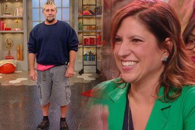 Od leta 1987 nikdar ni nosil dolgih hlač. Ko žena vidi njegovo preobrazbo, doživi šok!