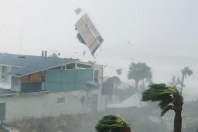 VIDEO: To je grozljivka, ki so jo ob orkanu Michael doživeli prebivalci Floride