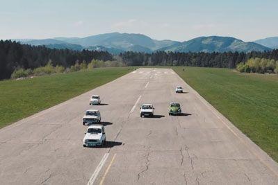 VIDEO: Slovenci dirkali z avtomobili naše mladosti! Poglejte si rezultat...