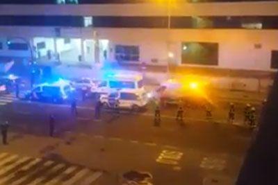 Zdravniki v Španiji delajo dneve in noči: Tako so se jim poklonili policisti in gasilci!