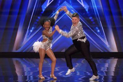 Deklica in deček iz Kolumbije navdušila s plesom: Nastop je prava paša za oči!