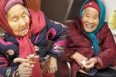 Posnetek, ki ti stopi srce: Mama svoji 84-letni hčerki dala sladkarijo!