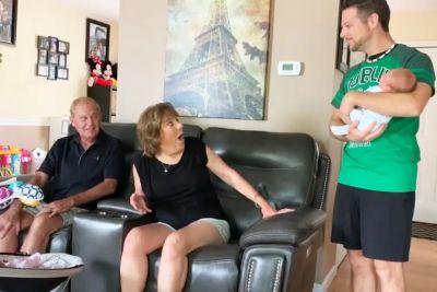 Babica in dedek doživela šok: Nista vedela, da je sin dobil dvojčke!